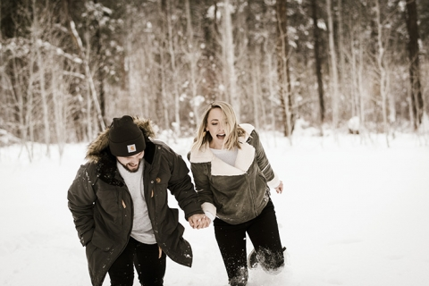 Shevlin Park Winter Engagement Photos